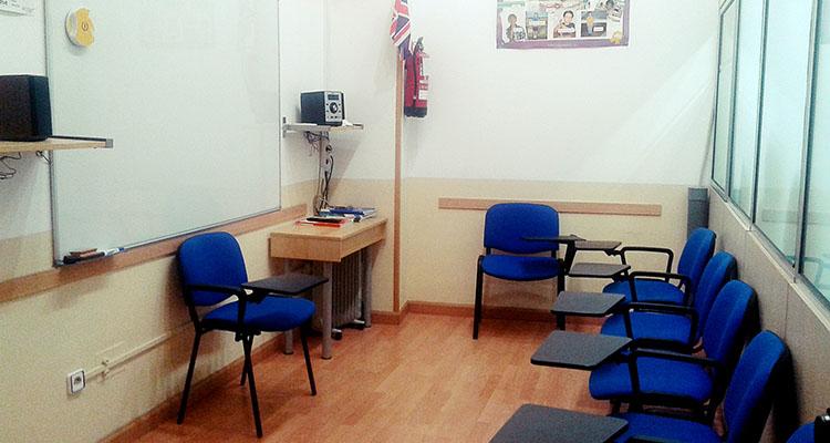 Clases reducidas de alumnos en la escuela Kent School English en Rivas Vaciamadrid