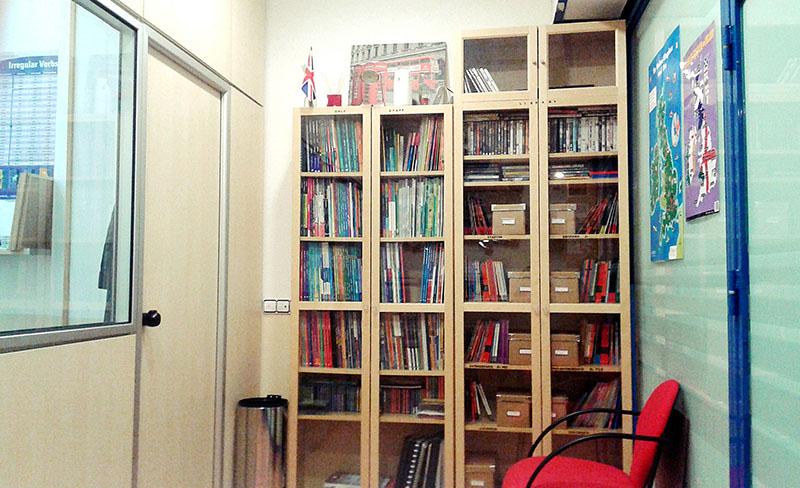 Interior de la academia de inglés Kent's English School en el Centro Comercial Covibar 2, local 18 en Rivas Vaciamadrid