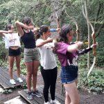 Campamento y viaje en inglés al condado de Kent Summer Camp tiro al arco